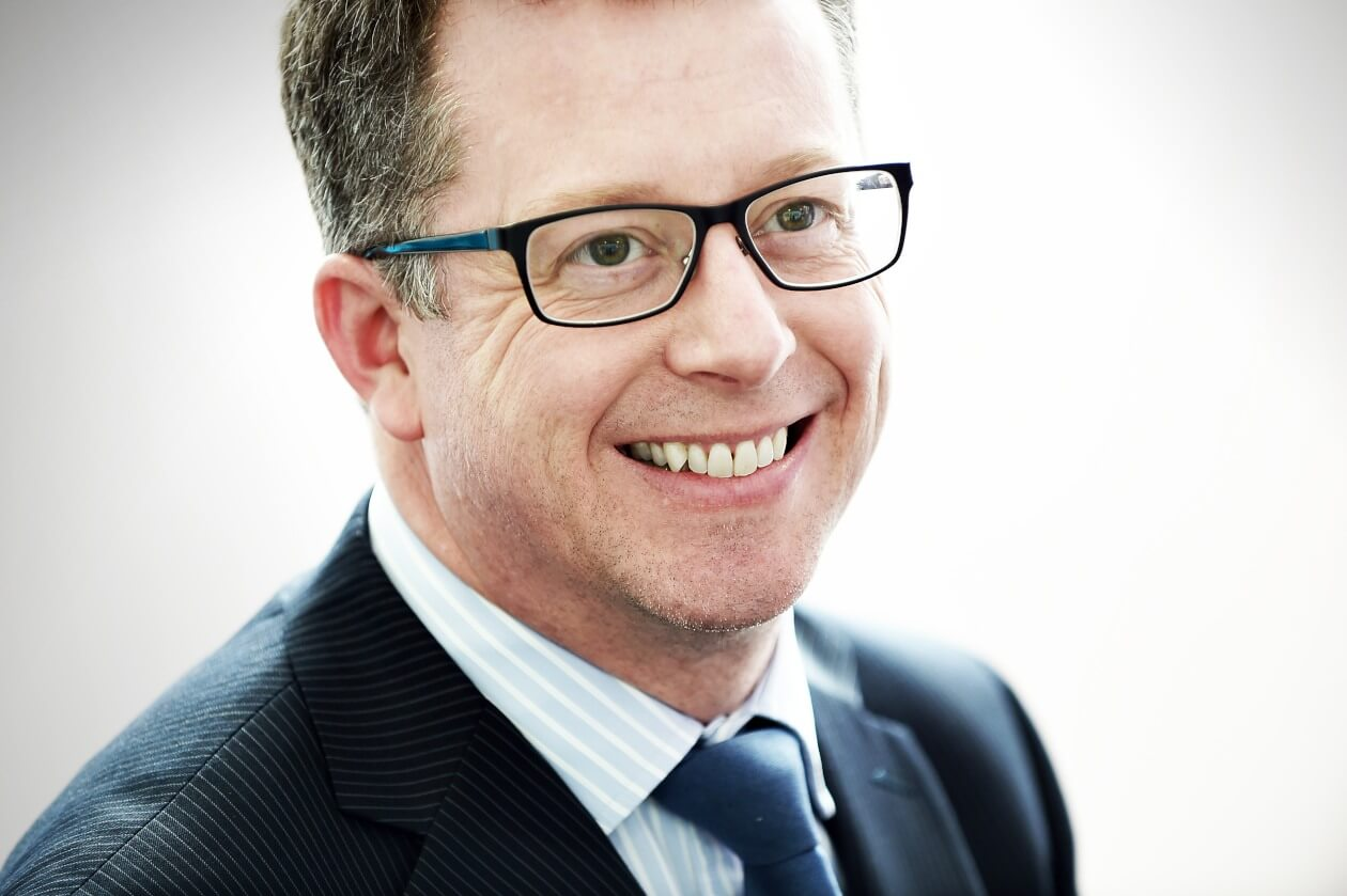 Graeme Fearon - 																					Legal director