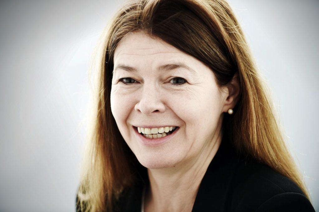 Karen Lintern - Partner
