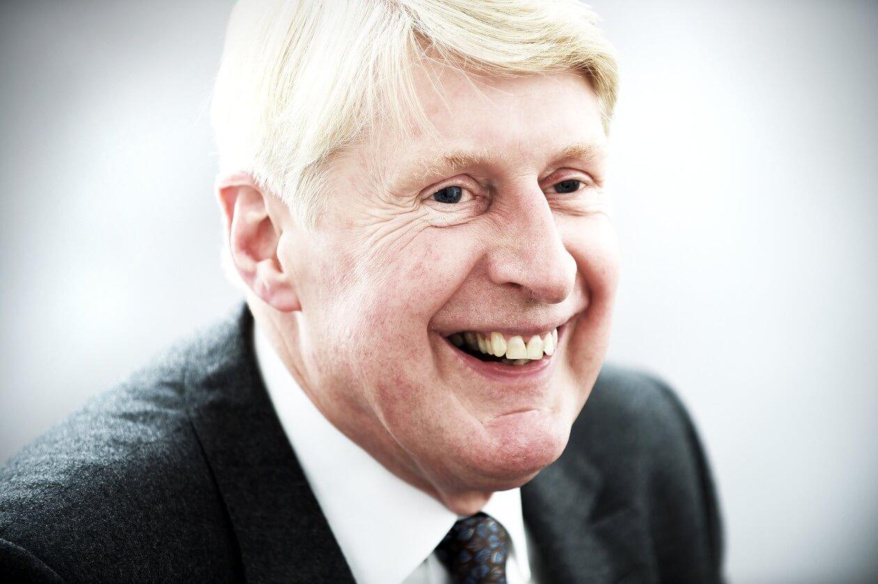 Robert Sear - Consultant